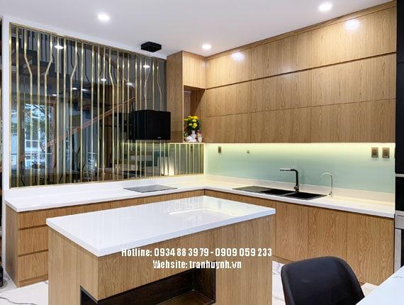 Phòng bếp đá nhân tạo